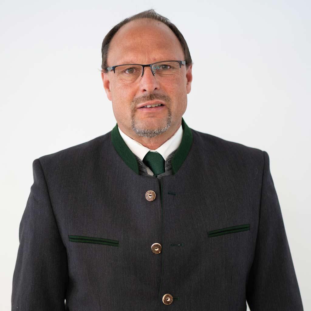Martin Kurz unsere betreuer tennengauer versicherung